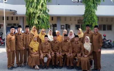 Dewan Guru SMA Futuhiyyah